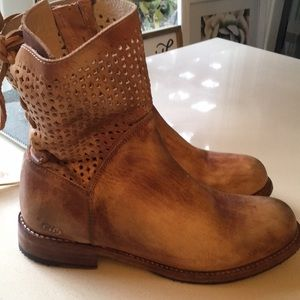 Shoes - Brand new BED STU boots Isla boots
